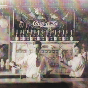 Soda fountain at ER Thomas Drug Company, 1903