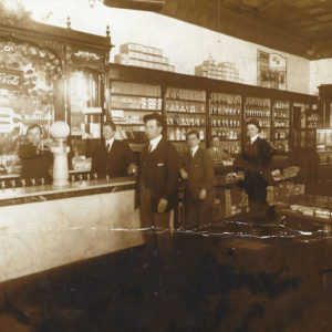 Inside ER Thomas Drugstore, 1903